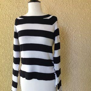 Gianni Bini Long Sleeve Sweater Black and White M
